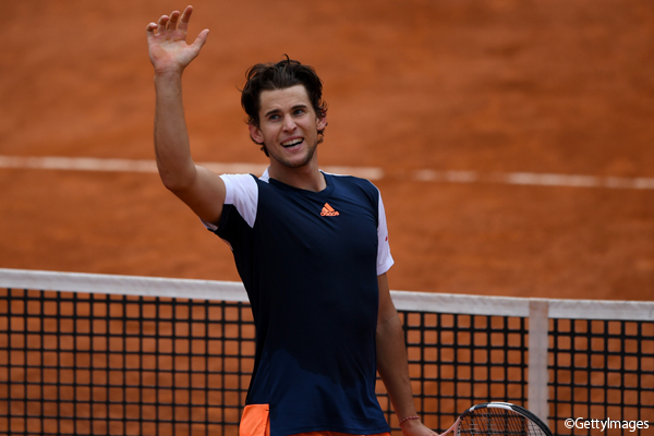 ※写真は「BNL イタリア国際」で準決勝に進出したドミニク・ティーム Photo: ROME, ITALY - MAY 19: Dominic Thiem of Austria celebrates winning his quarter final match against Rafael Nadal of Spain in The Internazionali BNL d'Italia 2017 at Foro Italico on May 19, 2017 in Rome, Italy. (Phot