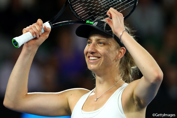 ※写真は全豪オープンでのモナ・バートル Photo:MELBOURNE, AUSTRALIA - JANUARY 20: Mona Barthel of Germany celebrates winning her third round match against Ashleigh Barty of Australia on day five of the 2017 Australian Open at Melbourne Park on January 20, 2017 in Melbourne, A