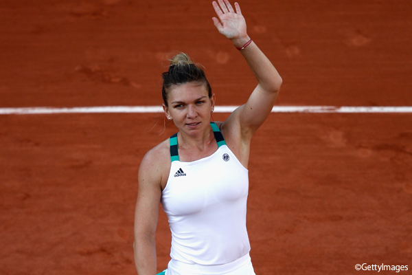 ※写真は「全仏オープン」(フランス・パリ)で2回戦に進出したシモナ・ハレプ Photo:PARIS, FRANCE - MAY 30: Simona Halep of Romania celebrates victory during the ladies singles first round match against Jana Ceepelova of Slovakia on day three of the 2017 French Open at Roland Garros on May 30,